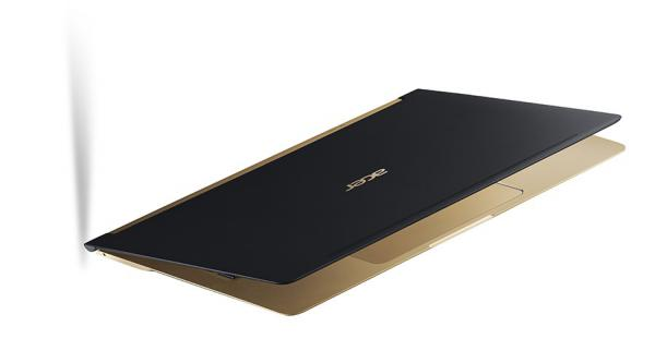 Acer Swift SF    th