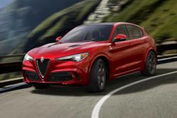 Alfa Romeo Stelvio  thumb