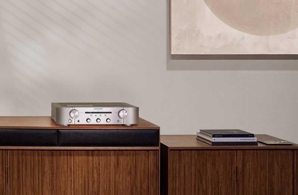 Marantz PM6007 amplifier