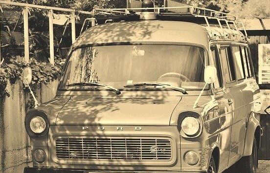 Russia-electric Ford Transit